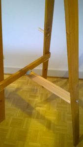 Rustic Pine Easel showing the rigid support bar to position the back leg.